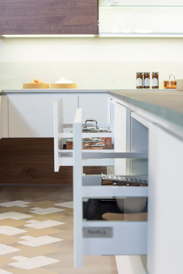 Alno küchen landhausstil  ALNO tielsa: innovative Küchen